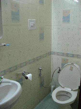 Terrace Gardens Guest House : Bathroom