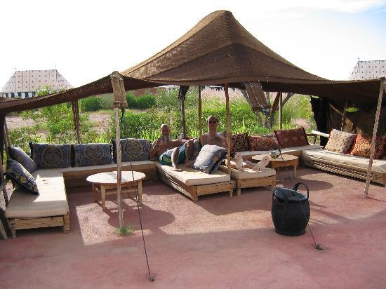 chill out tent picture of les jardins d 39 issil marrakech tripadvisor. Black Bedroom Furniture Sets. Home Design Ideas