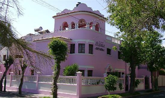 Casa Arequipa: Hotel exterior, corner view