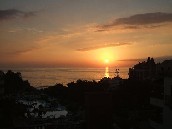 Gran Tacande Wellness & Relax Costa Adeje: one of the lovely sunsets