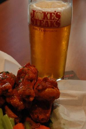 Jake's Steaks : Wings and Frostie Malted Liberty Ale!