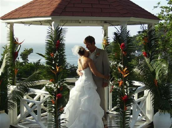 Villa Capri: The ceremony
