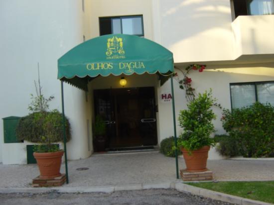 Hotel Apartamento Olhos d'Agua: Entrance 1
