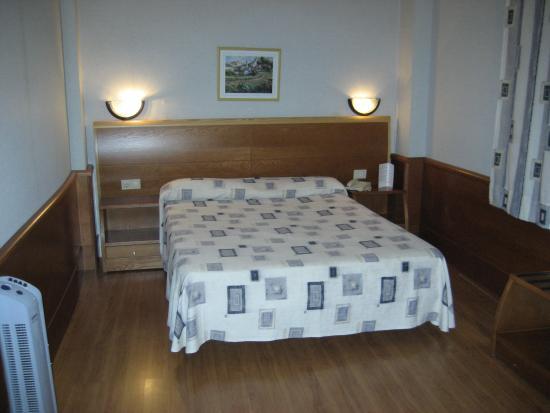 Hotel Gema Puerto: Habitación
