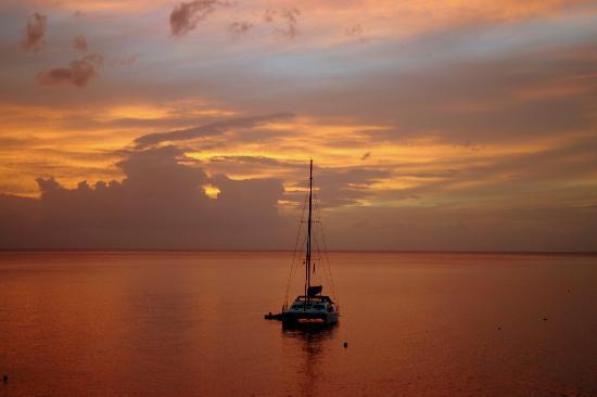 Roseau, Dominica: Sunset in Dominica