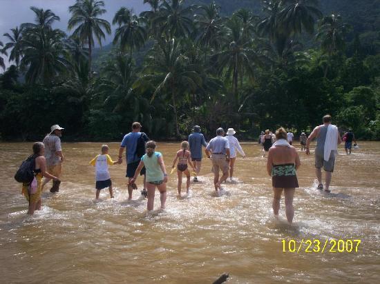 Crossing the river - Picture of Yelapa, Costalegre - TripAdvisor