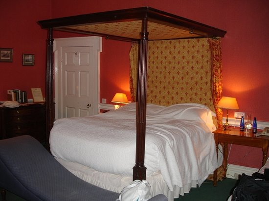 Coopershill House: Bedroom