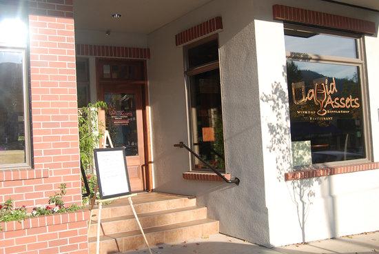 Entrance to Liquid Assets Wine Bar