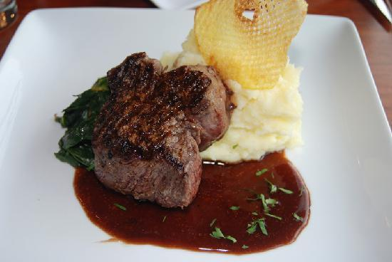 Liquid Assets Wine Bar: Tenderloin Entree