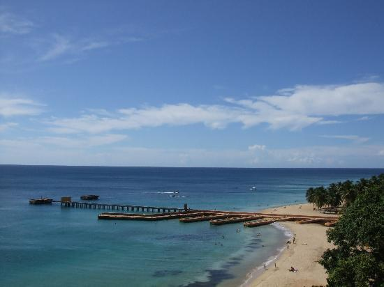 Hacienda El Pedregal: Nearby Crashboat Beach