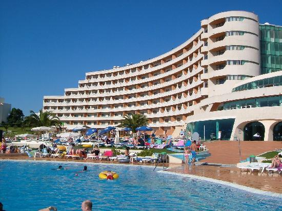 Hotel Paraiso De Albufeira Back Of Pool