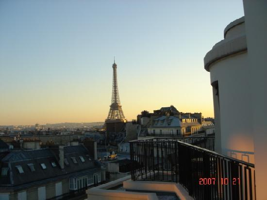 Four Seasons Hotel George V Paris: view from our room