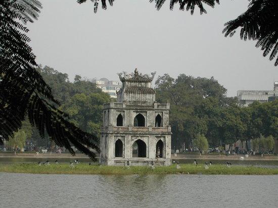 Hanoi, Vietnam: Ho Hoan Kiem