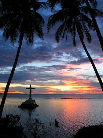 Камигуин, Филиппины: Sunken Cemetery, Camiguin