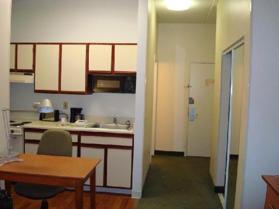 Extended Stay America - Chicago - Lombard - Yorktown Center: bachelor pad