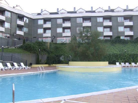 Boo de Pielagos, Spain: la piscine