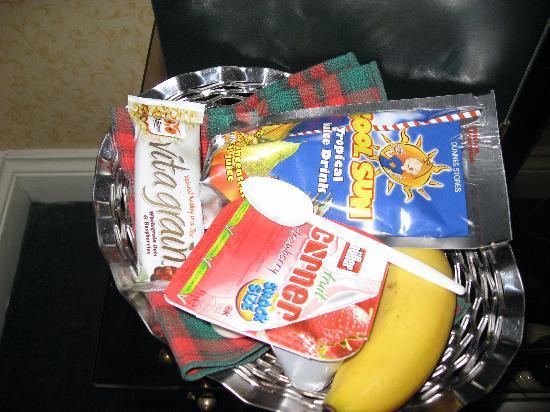 Heatherview Bed & Breakfast: Heatherview Breakfast Basket