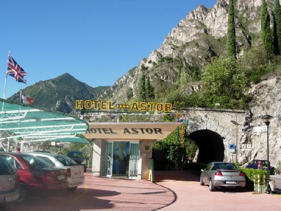 Hotel Astor Prices Reviews Limone Sul Garda Lake Garda