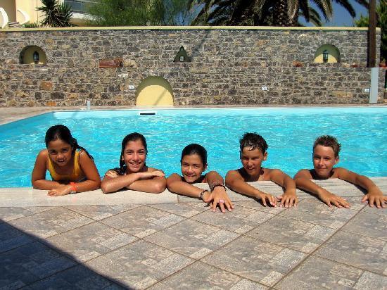 Emporios Bay Hotel : emporiosbay pool