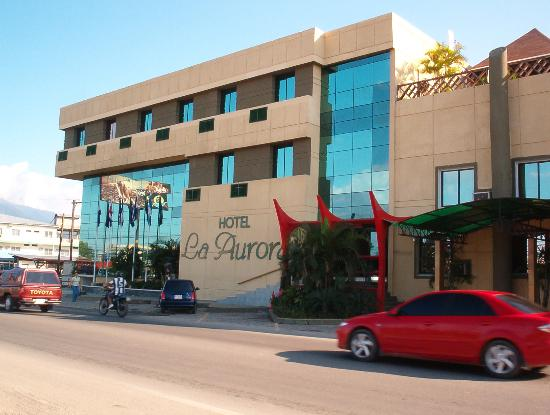 Hotel La Aurora: great location