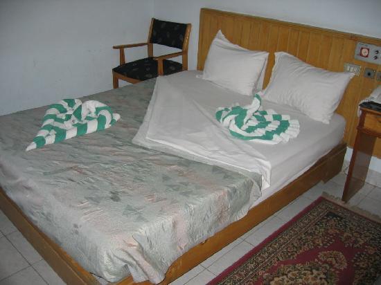 New Windsor Hotel: bedroom