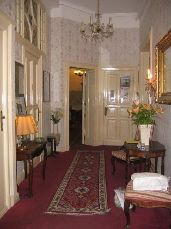 Hallway, Pension Funk