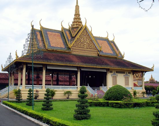 Πνομ Πεν, Καμπότζη: Royal Palace in Phnom Penh Cambodia. September 2007