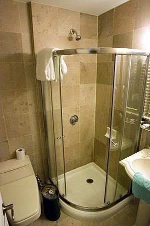 Da Vinci Hotel: Dusche