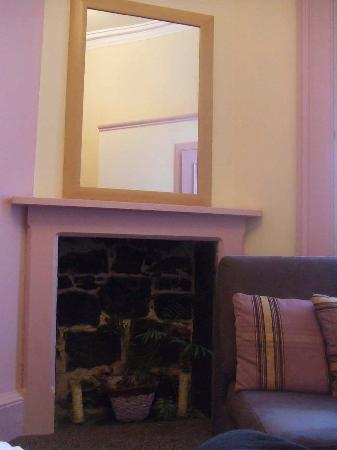 MW Townhouse : Fireplace
