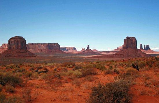 Monument Valley Navajo Tribal Park: artistry of the desert Southwest