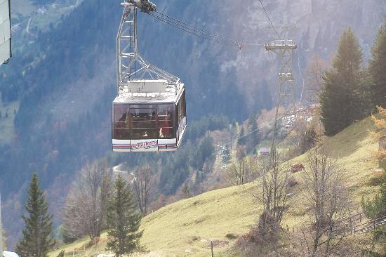 Alpin Palace Hotel: the gondola you ride to the Schilthorn