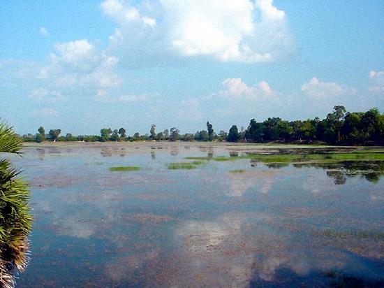 Siem Reap, Cambodia: Tonle Lake