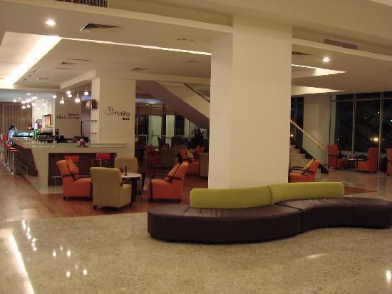 Holiday Inn Melaka : Lobby area
