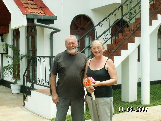 Villa Suriyagaha: Your hosts Duncan and Sandie