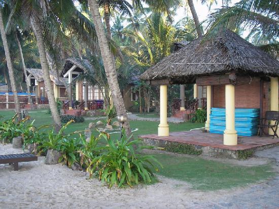 Little Mui Ne Cottages: beachfront cottages