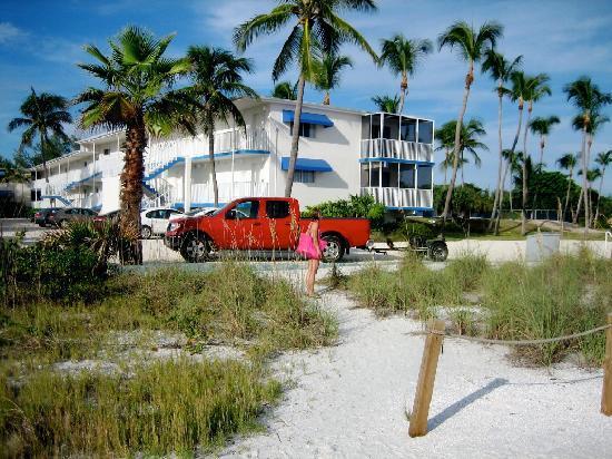 Sunset Beach Inn Resort