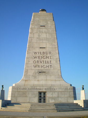Wright Brothers National Memorial: The Monument