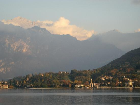 Hotel La Darsena : View of Lake Como and Bellagio from La Darsena in Tremezzo