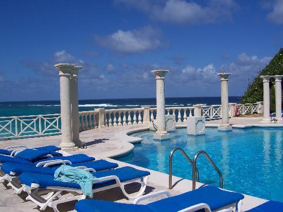 Crane Beach Older Pool With Amazing View Breezes