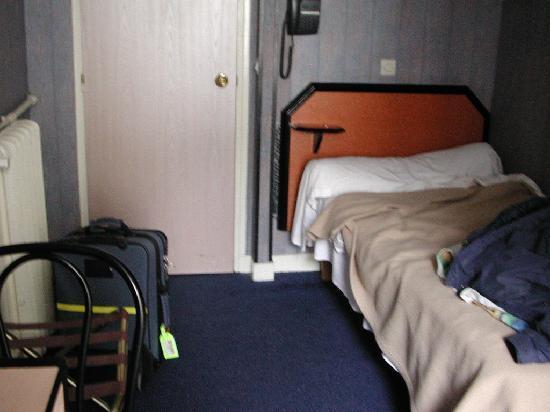 Hotel Beaunier : The single room