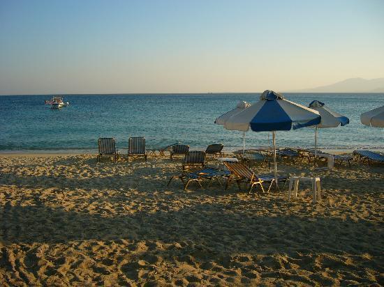 Castello Studios: Gorgeous view of the beach