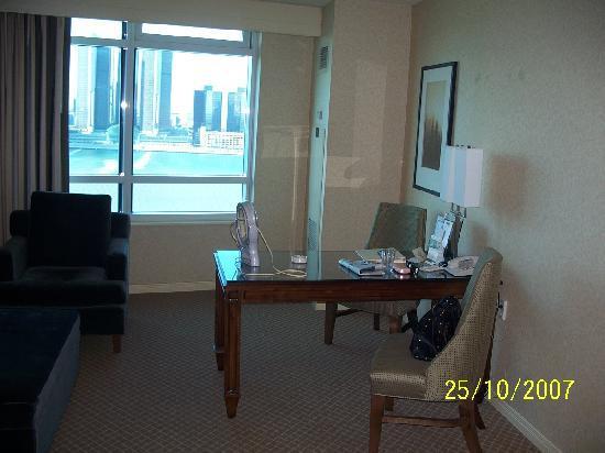 Caesars Windsor: Luxury Room 3