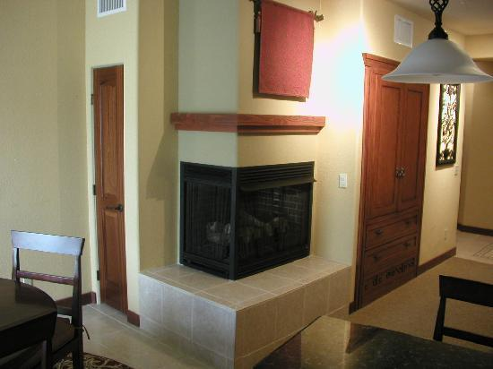 Cibola Vista: Fireplace
