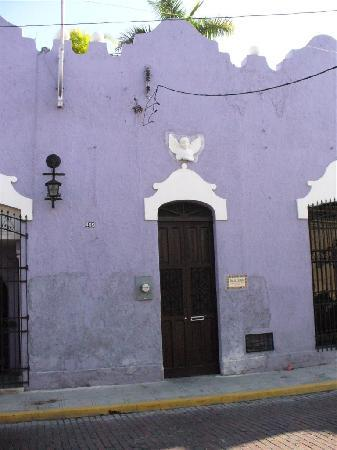 Luz En Yucatan : Entrance from outside
