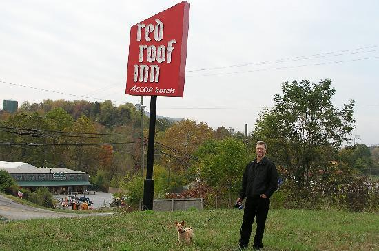 Red Roof Inn Roanoke - Troutville: Great pet Friendly Hotel