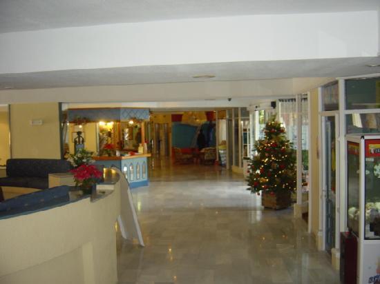 Hovima Santa Maria : xmas time in the lobby