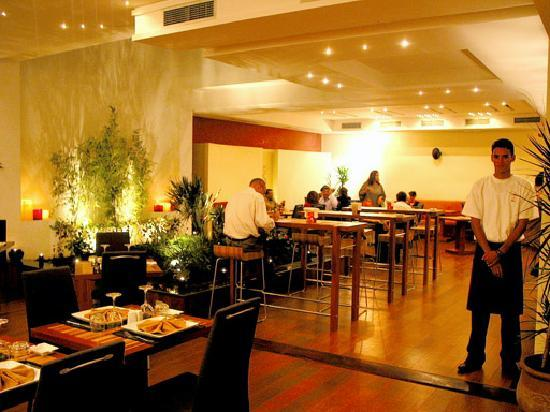 Le Pietri Urban Hotel: Restaurant