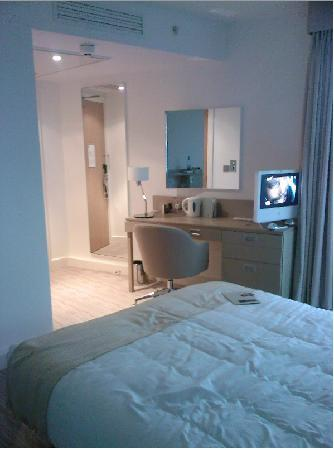 DoubleTree by Hilton Manchester Piccadilly: More spacious than it looks