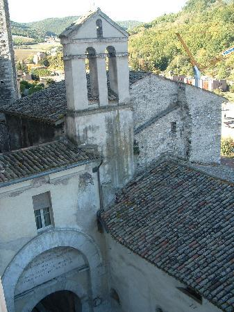 Wallace's Arthouse Spoleto : view from a bedroom at Arthouse