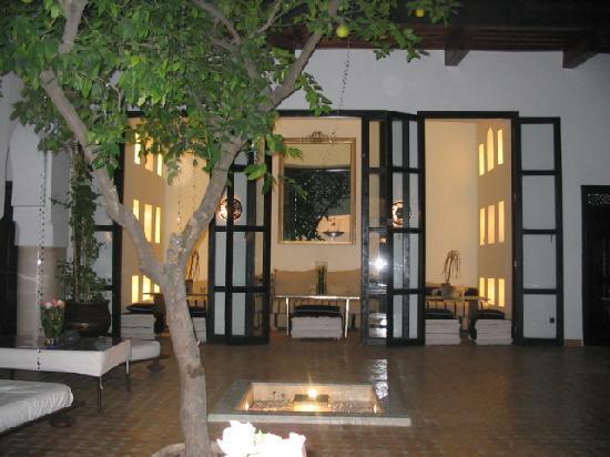 Dar Charkia : The courtyard